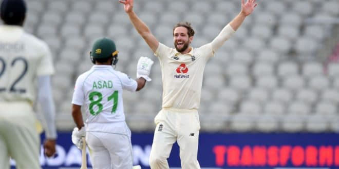 England v Pakistan 1st Test, Day 3: Visitors onslaught derailed by hosts' bowlers
